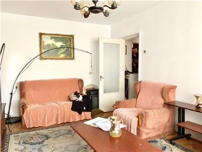 Apartament 3 camere, 2 gr. sanitare, decomandat, republicii, ploiesti