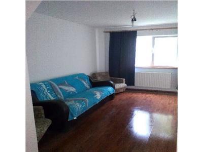 Urgent! apartament 3 camere tranformat din 3 camere de camin