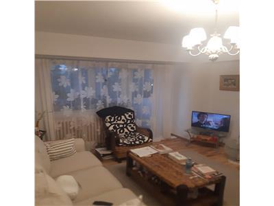 Apartament 3 camere Bld N.Titulescu