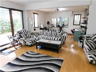 Apartament 3 camere - bloc 2006 - 150 mp + 110 terasa - kiseleff
