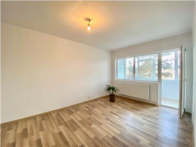 Apartament 3 camere, centrala termica, renovat, zona nord, ploiesti