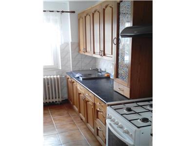 Apartament 3 camere, cf. 1A, semidecomadat, 81 mp, Vest, Ploiesti