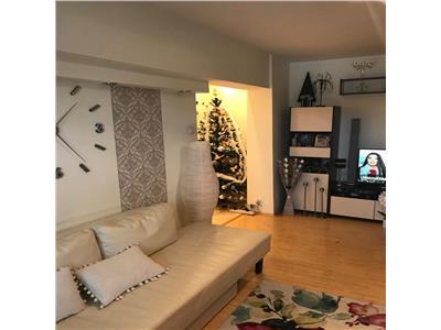 Apartament 3 camere de vanzare colentina etaj intermediar
