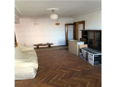 Apartament 3 camere Colentina intersectie cu Fundeni