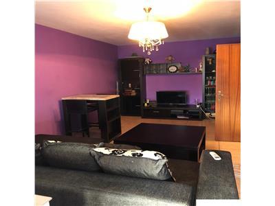 Apartament 3 camere cu centrala proprie Piata Trapezului