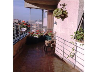 Apartament 3 camere cu terasa luminoasa si cocheta Eminescu, Icoanei.