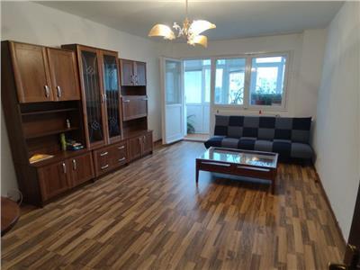 Apartament 3 camere de inchiriat Pantelimon
