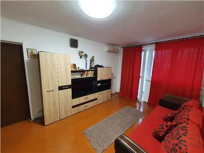 Apartament 3 camere de inchiriat Titan zona Auchan Titan