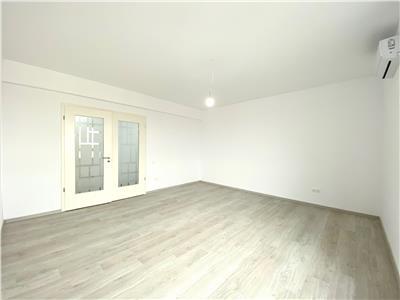 Apartament 3 camere, de lux, finisat la cheie, zona centrala, Ploiesti