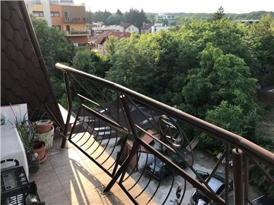 Apartament 3 camere de vanzare baneasa deosebit