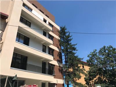 Apartament 3 camere de vanzare baneasa pod-biharia