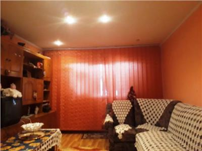 Apartament 3 camere de vanzare Brancoveanu la 3 minute de Metrou