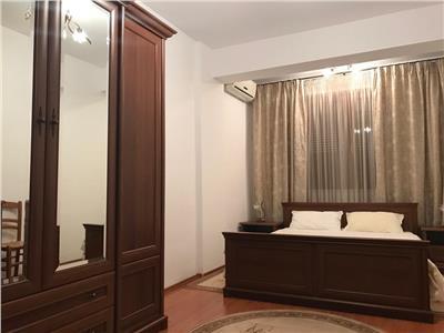 Apartament 3 camere de vanzare cartierul latin superb