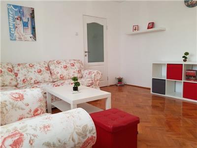 Apartament 3 camere de vanzare Titan zona metrou Nicolae Grigorescu