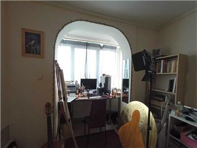 Apartament 3 camere de vanzare Titan zona parc Constantin Brancusi