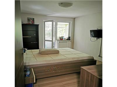 Apartament 3 camere de vanzare Titan zona parc Romulus