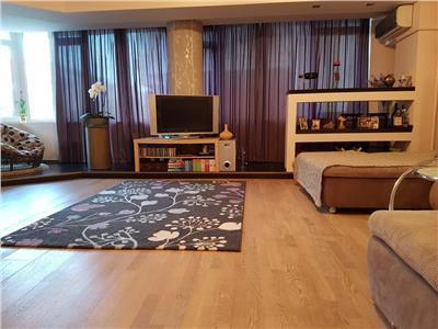 Apartament 3 camere, Decebal