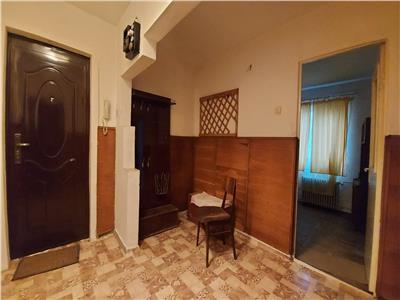 Apartament 3 camere, decomandat!