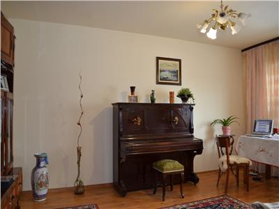 Apartament 3 camere, cf. 1a, decomandat, 90 mp, cantacuzino, ploiesti