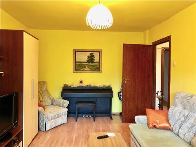 Apartament 3 camere, decomandat, 2 gr. sanitare, ultracentral ploiesti