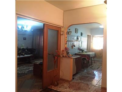 Apartament 3 camere decomandat p-ta mihai viteazu ploiesti