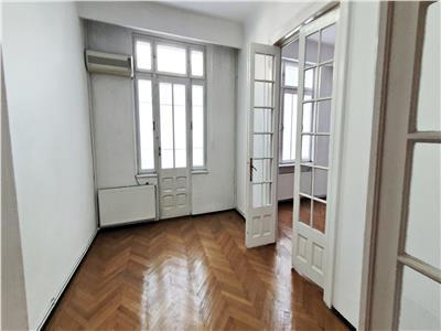 Apartament 3 camere, deosebit, boem, interbelic, unarte
