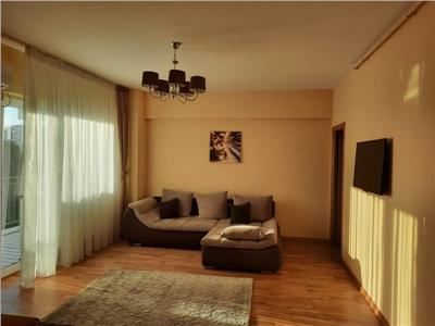 Apartament 3 camere, Dristor bloc nou