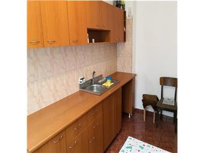 Apartament 3 camere 72 mp etaj 10  brancoveanu luica