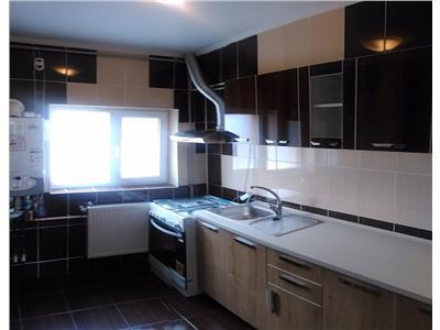 Apartament 3 camere in vila - APARATORI PATRIEI