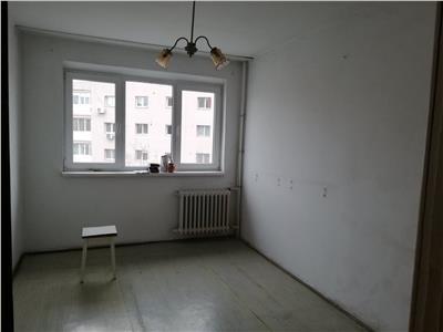 Apartament 3 camere, Metrou Lujerului