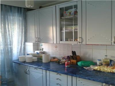 Apartament 3 camere metrou Pacii stradal pe Iuliu Maniu