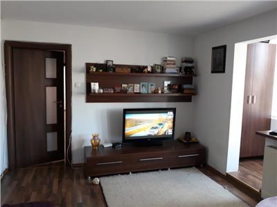 Apartament 3 camere metrou Titan