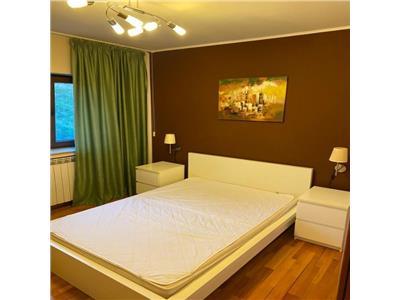 Apartament 3 camere,crangasi,decomandat,5  min metrou,1 loc de parcare