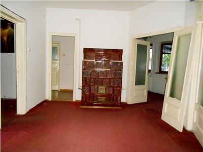 Apartament 3 camere parter inalt in vila pache protopopescu