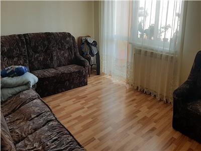 Apartament 3 camere, renovat, etaj 3!