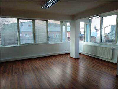Apartamente cu 2 si 3 camere, nemobilate,gradina Obor. Birou/Cabinet.