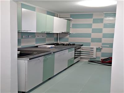 Apartament 3 camere semidecomandat, metrou Grivita