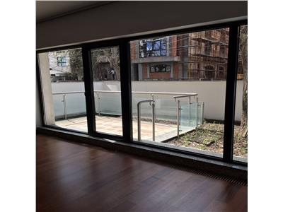 Apartament 3 camere  si 2  terase, parter, Kiseleff, Capitale