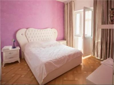Apartament 3 camere, situat pe Bld. Nicolae Balcescu
