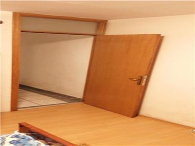Apartament 3 camere spatios parter ideal investitie