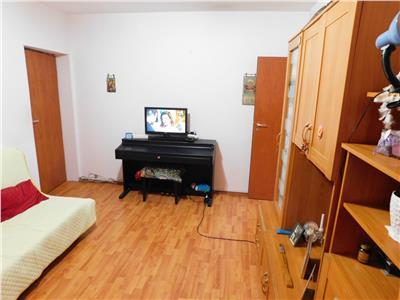 Apartament 3 camere str. Horbotei - P/4 - Titan Metrou - Parc IOR