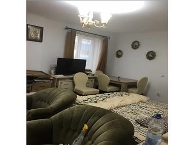 Apartament 3 camere, zona bulevard!