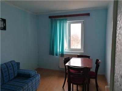 Apartament 3 camere, etaj intermediar, zona Carrefour!