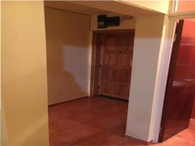 Apartament 3 camere zona planetelor