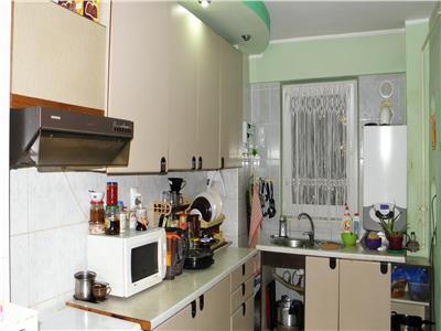 Apartament 4 camere,100 mp., zona primaverii !!!