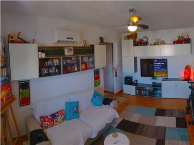 Apartament 4 camere - berceni - huedin