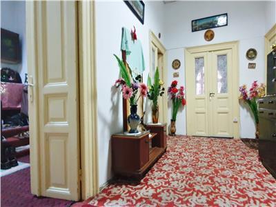 Apartament 4 camere, cladire interbelica, calea plevnei