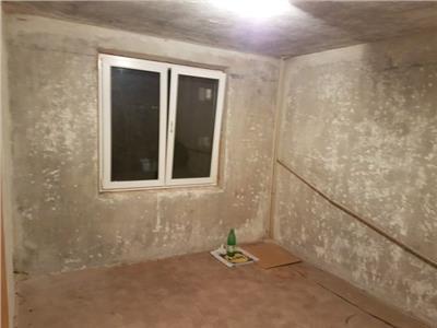 Apartament 4 camere Crangasi-Ceahlau