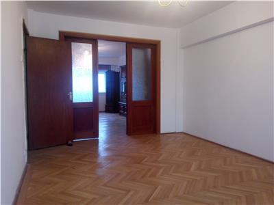 Apartament 4 camere Dacia-Piata Spaniei