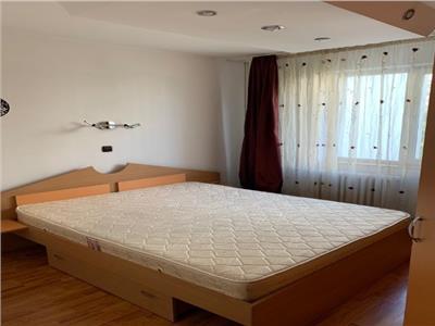 Apartament 4 camere de inchiriat titan zona fizicienilor